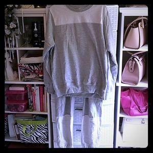 Reebox Pyjamas Shirt Large, Pants Medium